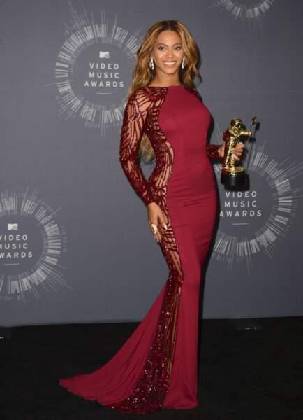 En août, la chanteuse a brillé au MTV Video Music Awards.