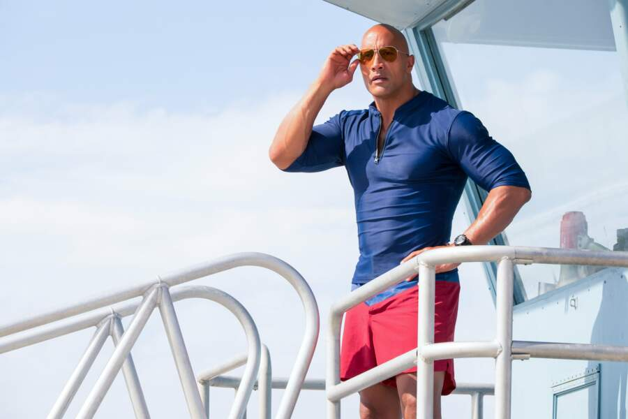 Dwayne Johnson est Mitchell « Mitch » Buchannon, le leader charismatique