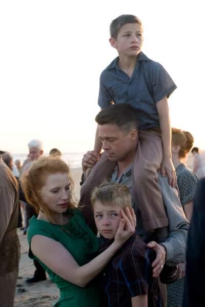 Le monde entier la découvre en épouse de Brad Pitt dans Tree of Life, Palme d'or à Cannes (2011)