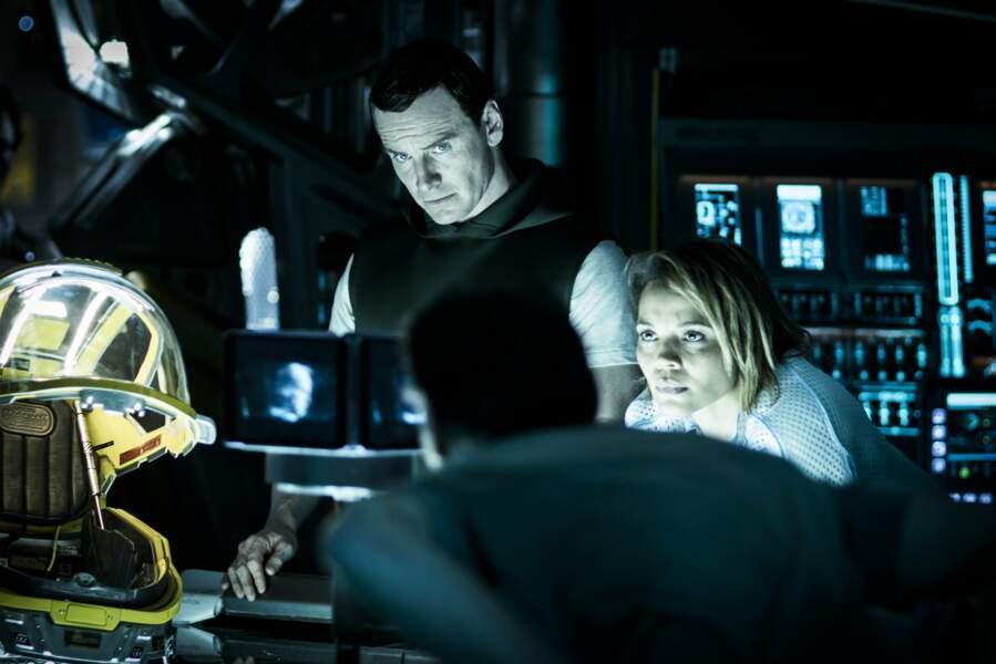 Dans Alien Convenant sortie en mai 2017 il reprend le rôle de David l'androïde (suite de Prometheus)