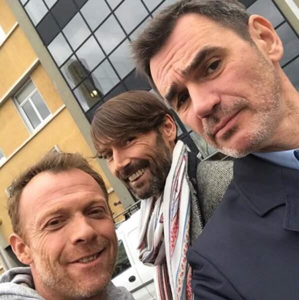 Selfiiie ! Régis Maynard, Laurent Kérusoré et Jérôme Bertin sur le tournage de Plus belle la vie !