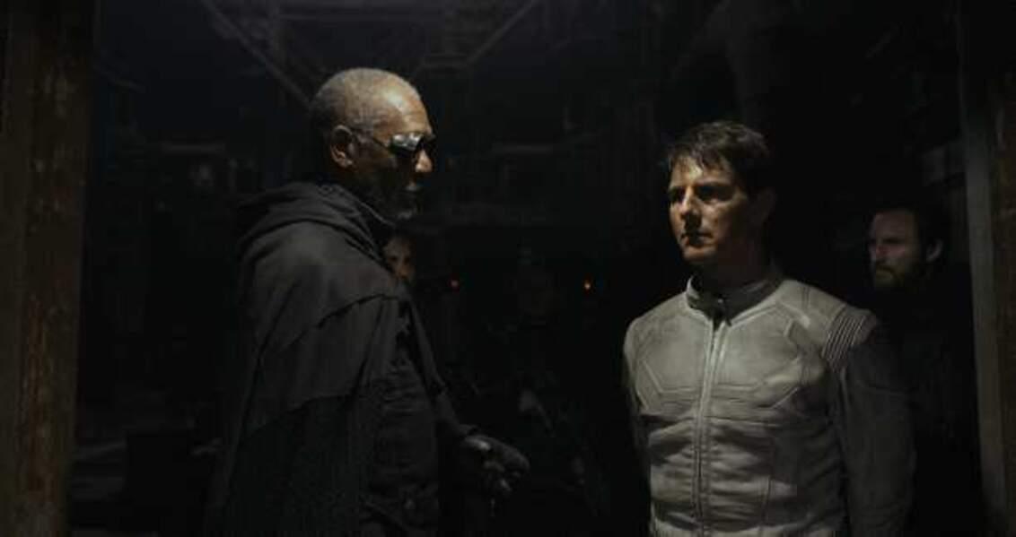 Oblivion, avec Morgan Freeman (2013)