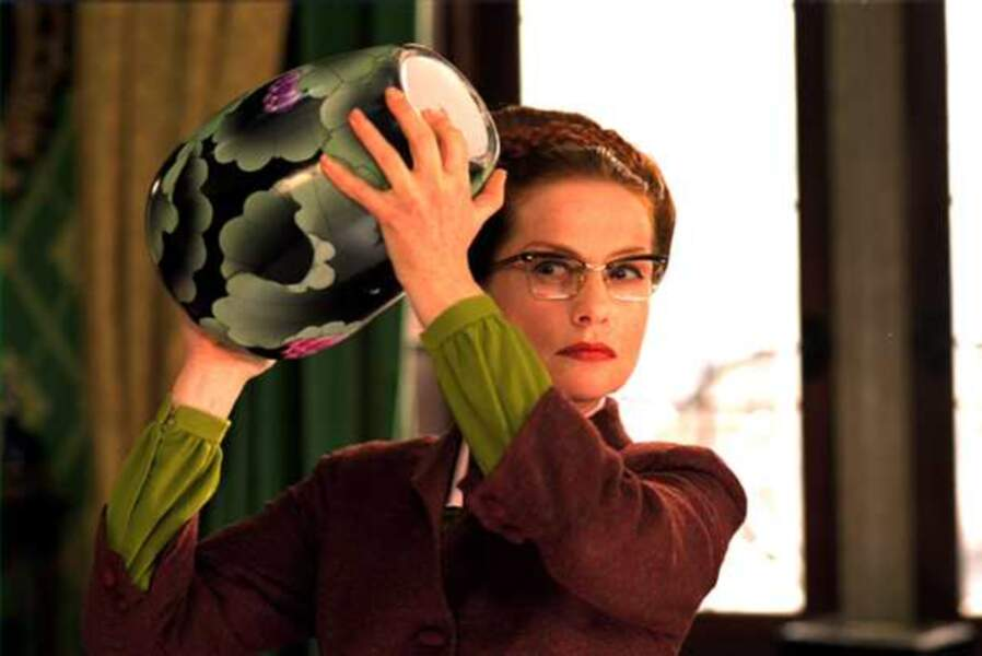 Isabelle Huppert dans 8 Femmes (2002)