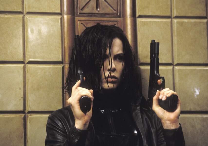 En 2003 elle endosse le rôle de Selene, une guerrière vampire dans Underworld