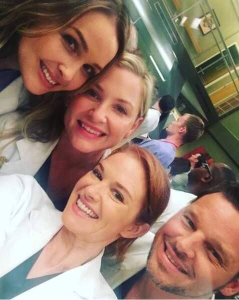 On me glisse dans l'oreillette que le tournage de Grey's Anatomy a repris...
