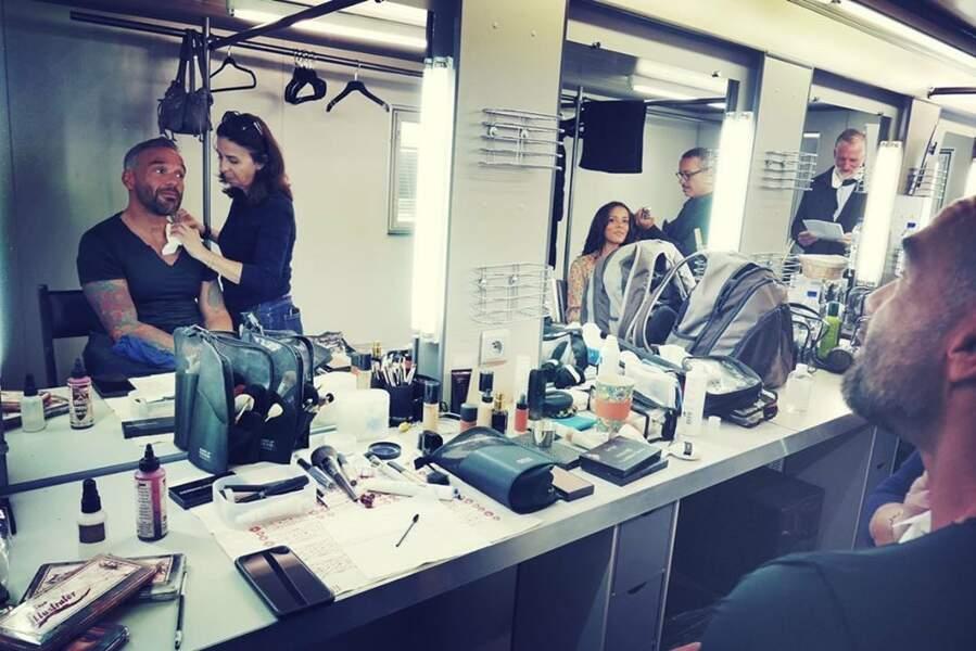 Au maquillage pour Profilage, Philippe Bas et Shy'm sont studieux