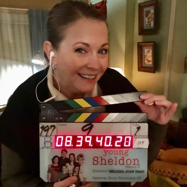 Melissa Joan Hart (Sabrina, l'apprentie sorcière) était sur le tournage de Young Sheldon pour réaliser un épisode