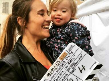 Julie de Bona et une adorable petite actrice, Elodie Varlet hilare dans PBLV... les tournages séries de la semaine