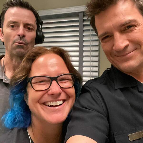 Sur le plateau de The Rookie, Nathan Fillion s'éclate
