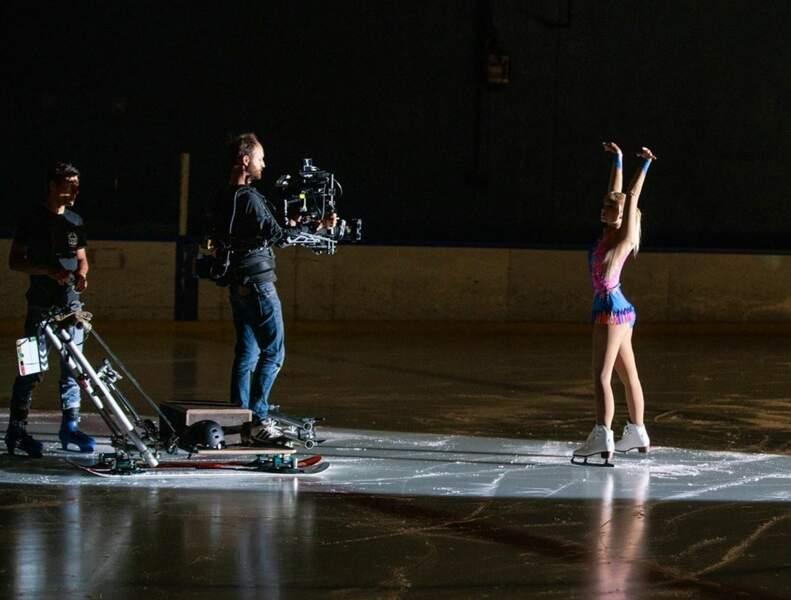 Chloe Jouannet a chaussé les patins pour sa prochaine série : Derby Girl !