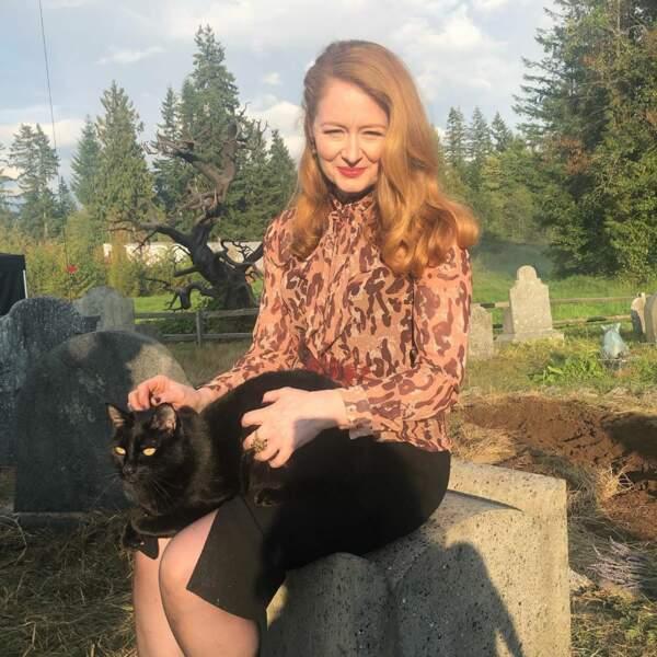 Moment tendresse entre Salem et la comédienne Miranda Otto