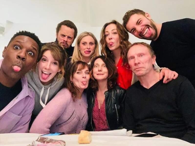 Une grande partie du casting de Plus belle la vie vous souhaite une belle journée !
