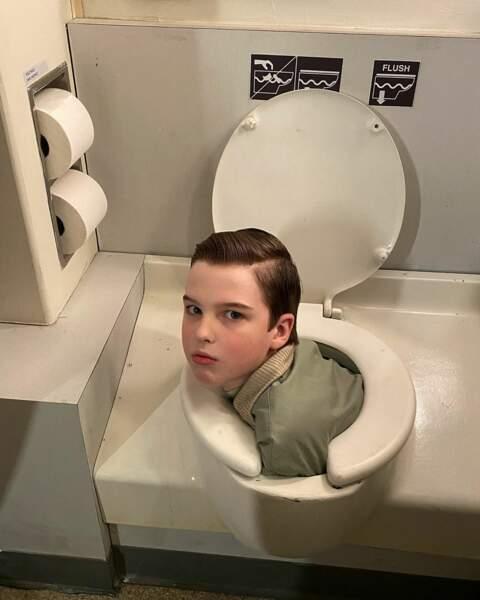 Sur le tournage de Young Sheldon, Iain Armitage a des activités bizarres