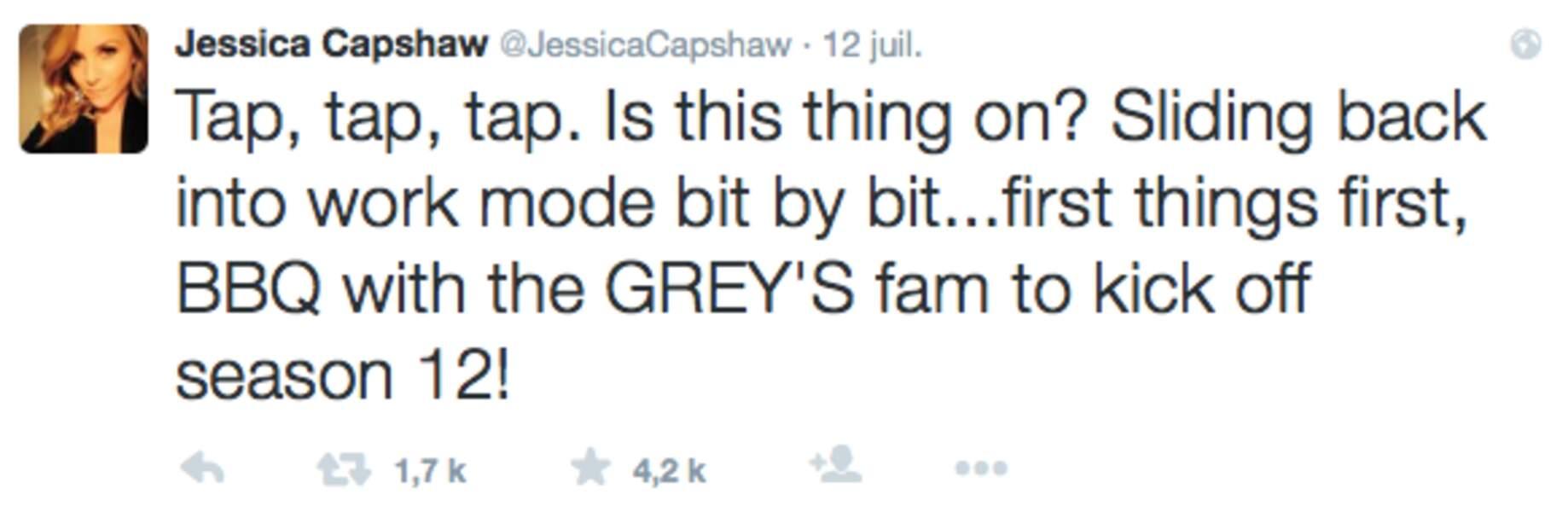 ...tout comme sa partenaire de jeu Jessica Capshaw
