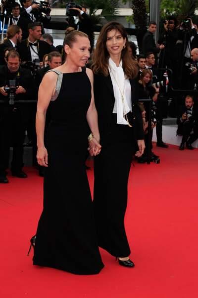 Emmanuelle Bercot et Maïwenn, déjà tout sourire, sur le tapis rouge avant la cérémonie de clôture