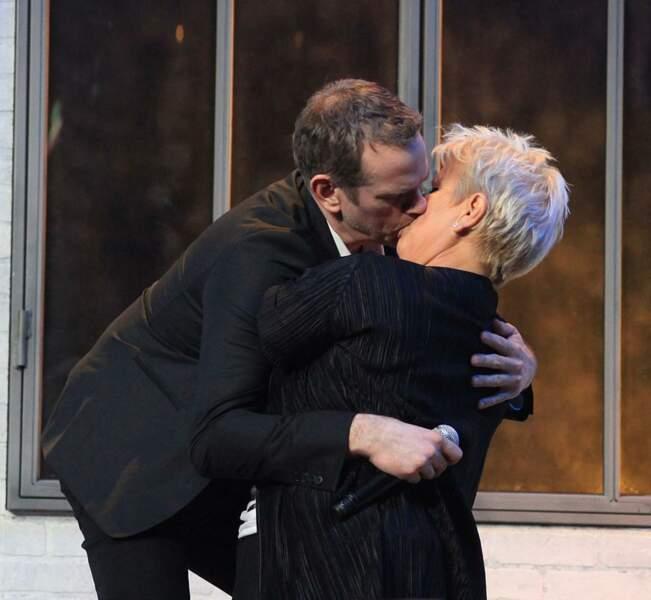 Le bisou de Garou et Mimie Mathy