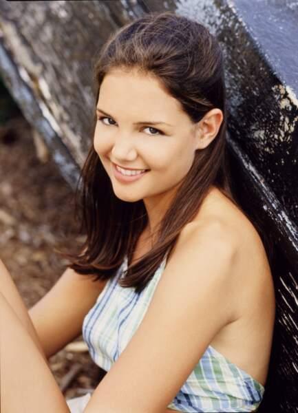Katie Holmes incarnait Joey Potter, la fille timide de l'autre côté de la rivière