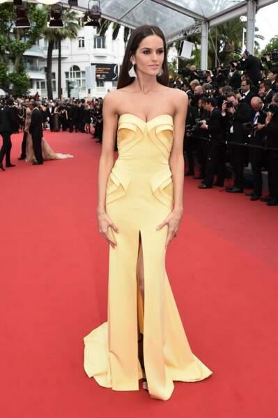 Sublime Izabel Goulart pour clôturer le 68e Festival de Cannes