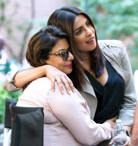 Sur le tournage de Quantico, Priyanka Chopra a invité sa maman