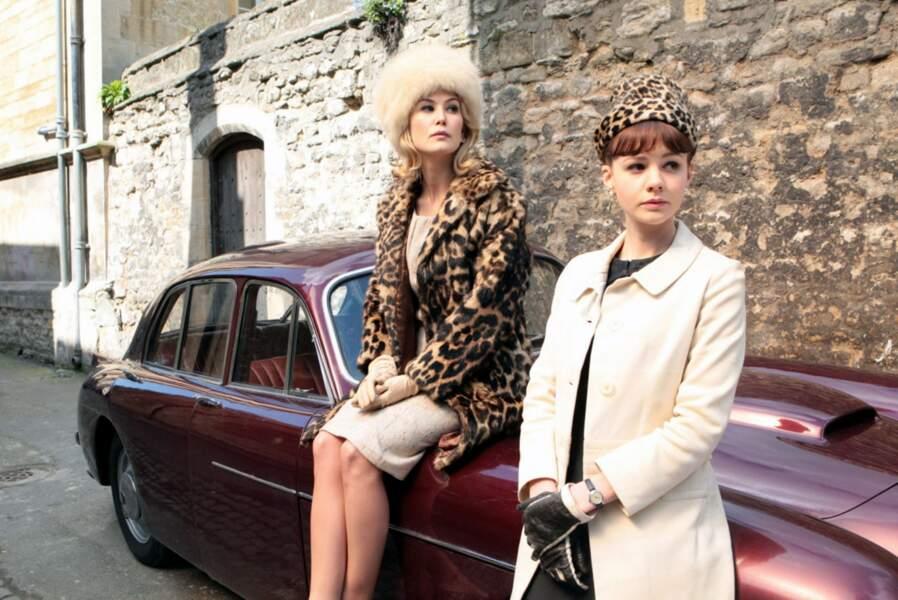 Dans Une éducation (2008), le film qui a révélé Carey Mulligan et se déroule en 1961 dans l'Angleterre puritaine.