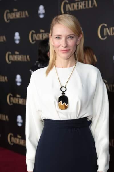Cate Blanchett campe la méchante belle-mère
