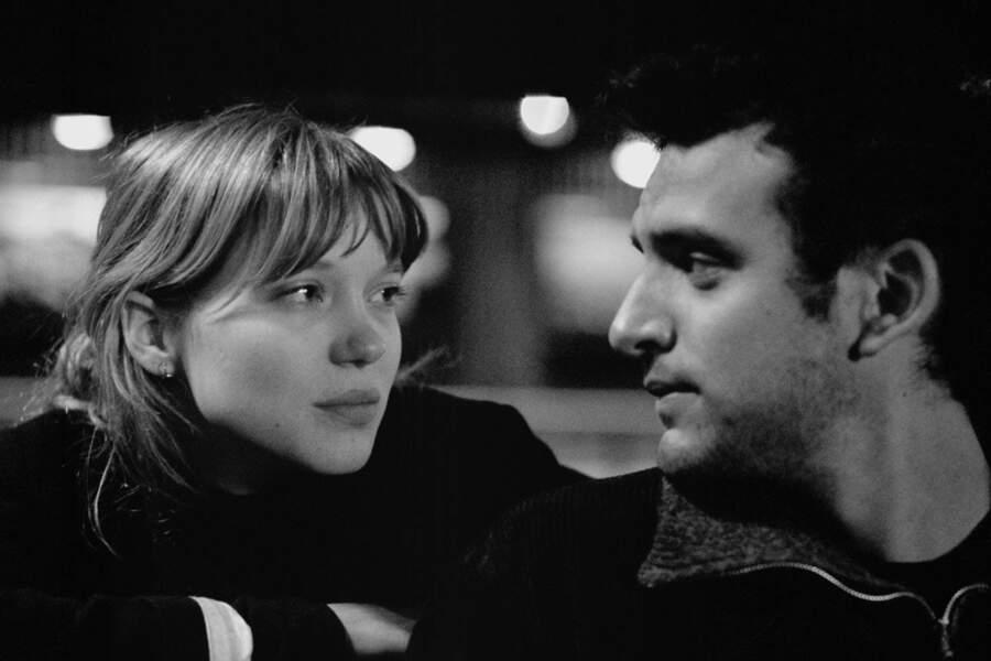 En noir et blanc dans Petit Tailleur (2010)