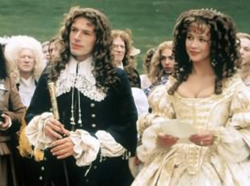 Ouille la coiffure, dans Marquise de Vera Belmont (1997)