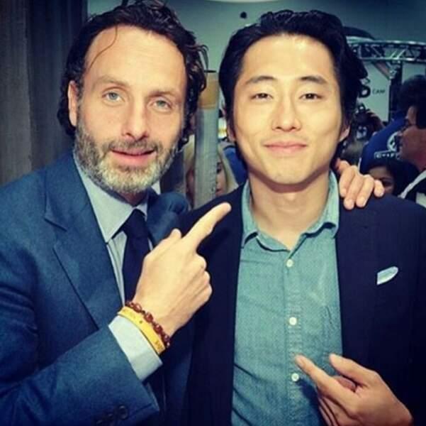 Rick et Glenn, les deux survivants de The Walking Dead, toujours heureux de se retrouver.