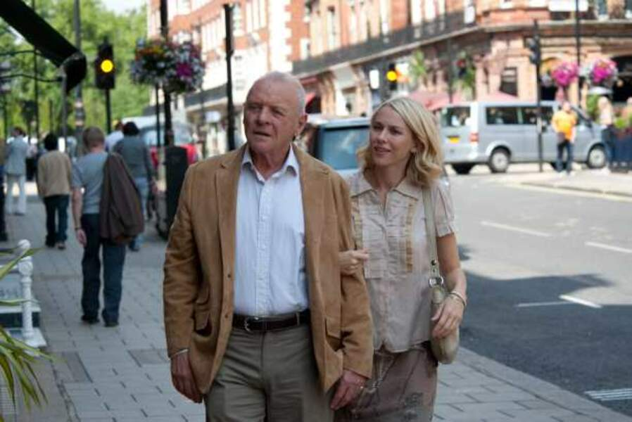 Anthony Hopkins et Naomi Watts dans Vous allez rencontrer un bel et sombre inconnu (2010)