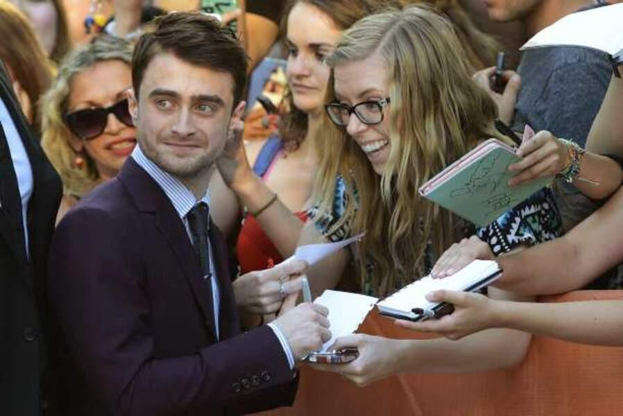 Bain de foule pour Daniel Radcliffe à l'avant-première de Kill Your Darlings