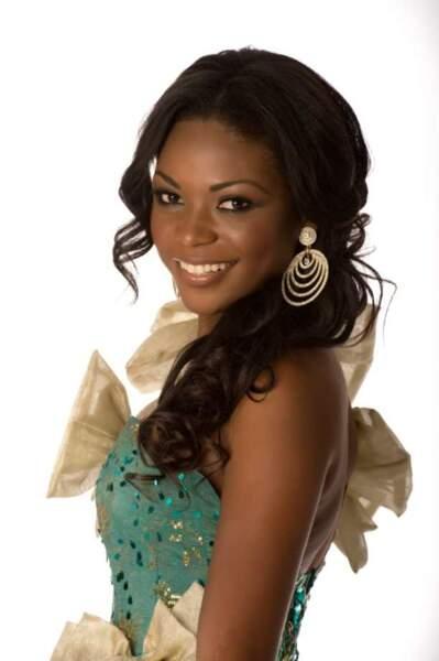 Miss Gabon (Channa Divouvi)