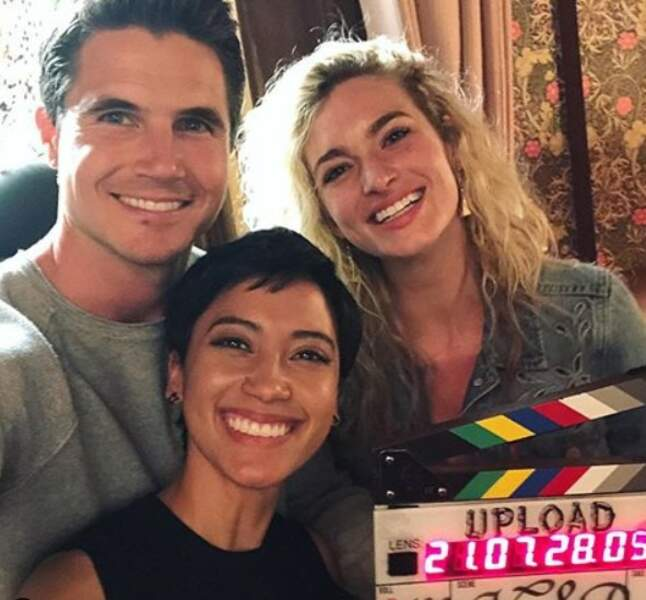 Robbie Amell annonce la fin du tournage de Upload, bientôt sur Netflix
