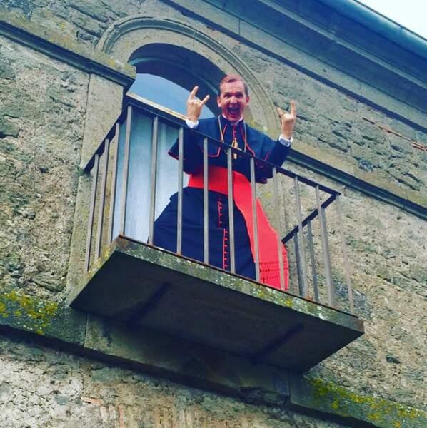 Sebastian Roché tourne la série de Canal+ The Young Pope, en Italie