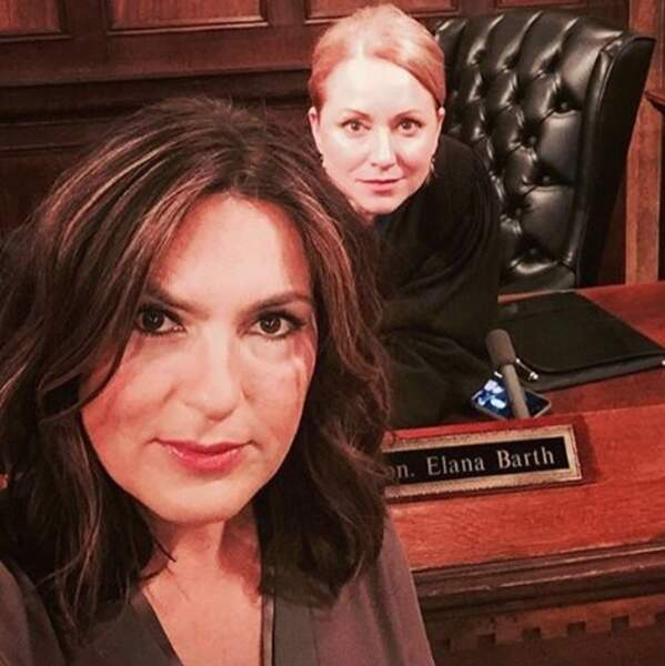 Mariska Hargitay et Jenna Stern ? Le selfie qui réunit la police et la justice de New Yoork, unité spéciale