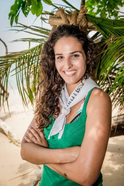 Voici Cassandre, 22 ans, mannequin et diplômée en tourisme