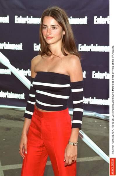 A Los Angeles en 2000 l'actrice fait fondre les photographes