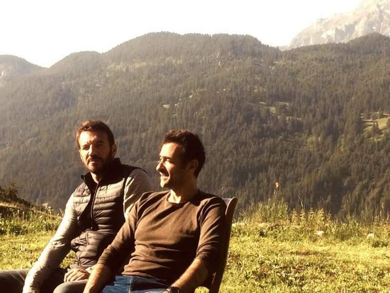 Samuel Le Bihan et Mikaël Fitoussi profitent des montagnes des Alpes sur le tournage d'Alex Hugo
