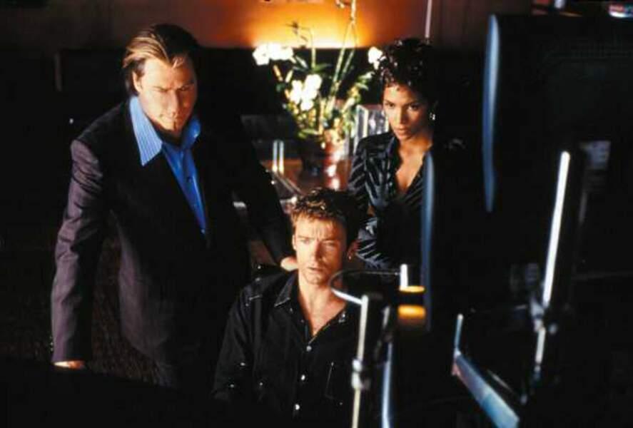 Opération Espadon (de Dominique Sena, 2001) : avec John Travolta et Halle Berry
