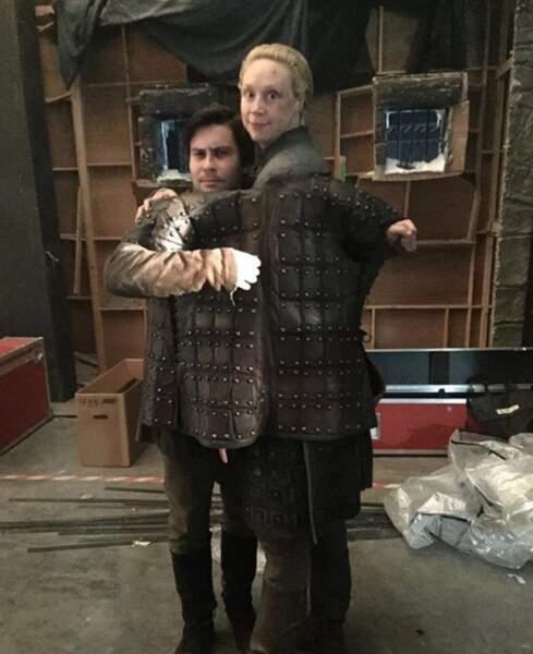 Brienne est heureuse d'avoir retrouvé son petit Podrick !