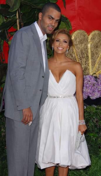 Le 7 juillet 2007, elle épouse le basketteur français Tony Parker, qu'elle fréquentait depuis 2003
