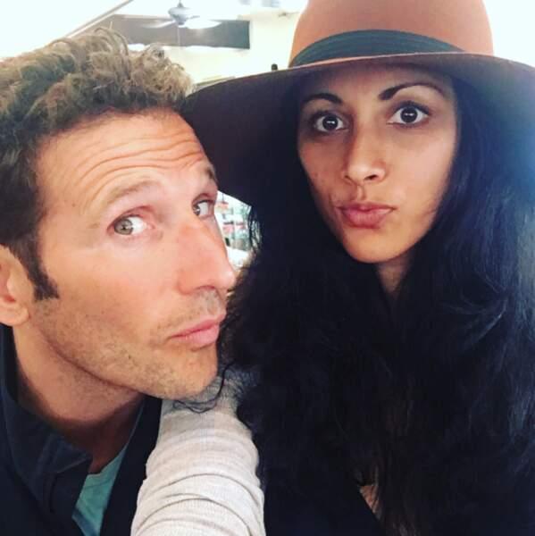 Les comédiens de Royal Pains, Mark Feuerstein et Reshma Shetty, vous saluent