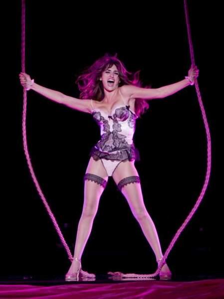 Penélope Cruz, très (TRÈS) sexy dans Nine (2010) !