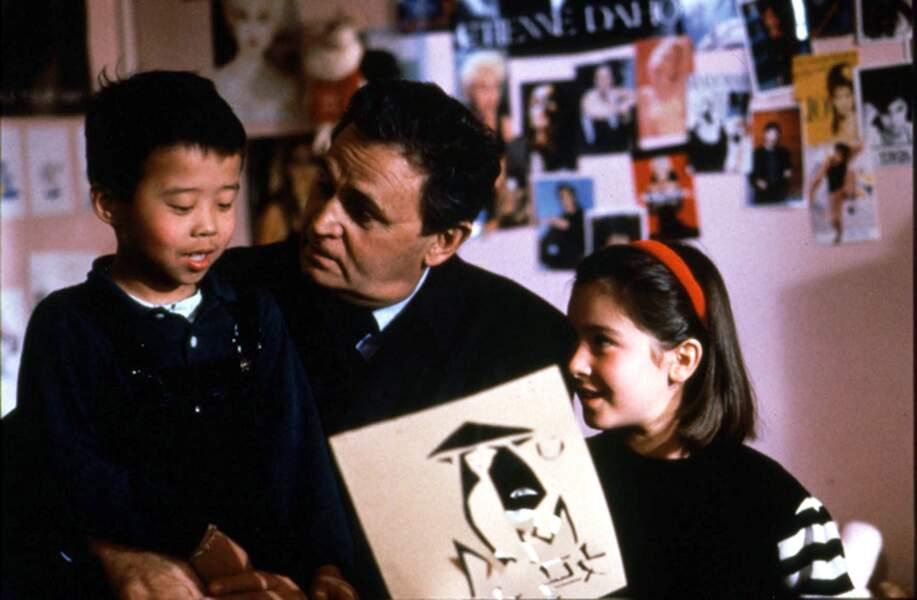 À 10 ans, Emmanuelle Boidron devient Yolande, la fille de Navarro (1989)