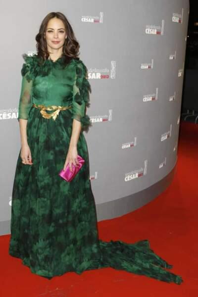 Bérénice Bejo a dévalisé une forêt avant la soirée