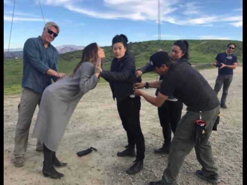Une scène d'action se prépare dans Scorpion