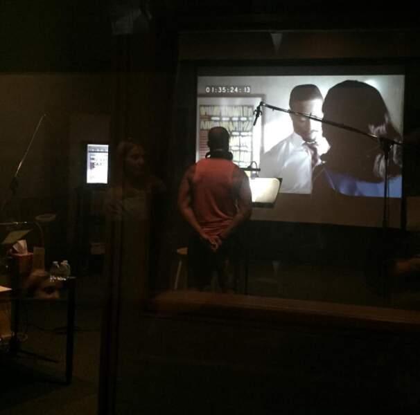 Cornelius Smith Jr pose sa voix sur celle de Marcus Walker, son personnage dans Scandal