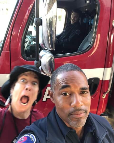 Quant aux pompiers de Station 19, les comédiens ne savent pas garder leur sérieux non plus…