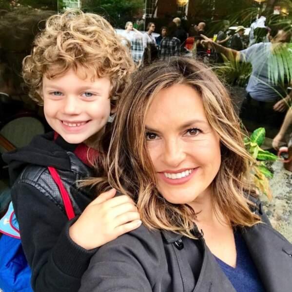 Mariska Hargitay, alias Olivia Benson, et Noah, son fils de fiction joué par Ryan Buggle
