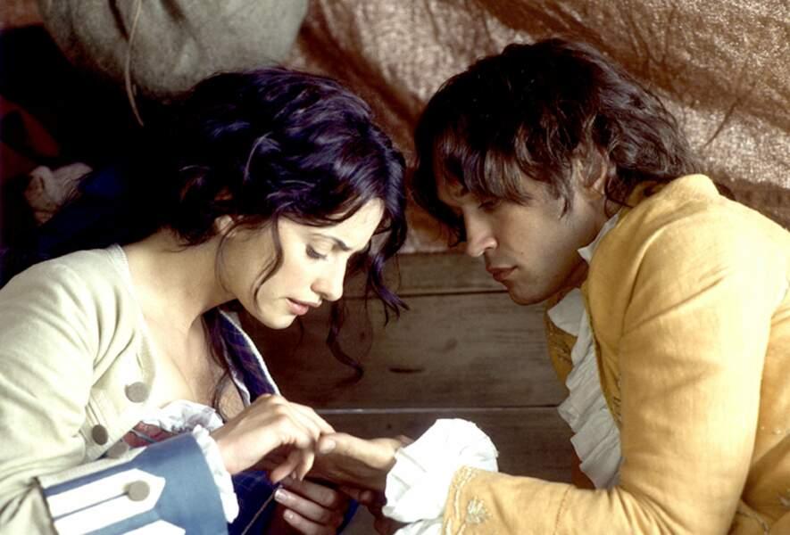 """""""Attend, je vais lire ton avenir dans les lignes de ta main !"""", dans Fanfan la Tulipe (2003) avec Vincent Perez"""