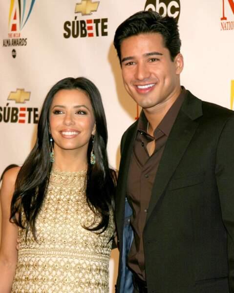 """En 2010, elle se console après son divorce dans les bras de son meilleur ami, """"Super"""" Mario Lopez"""